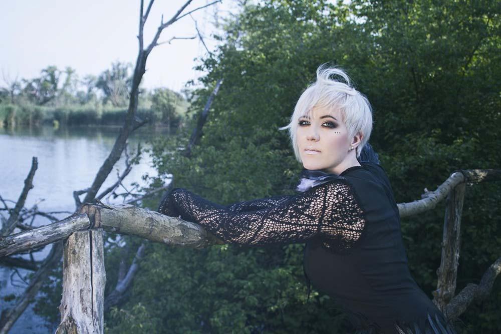 Nina Kraljić zazpívá v Česku.