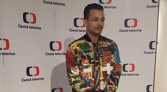 Na Eurovizi jede Benny Cristo s písní Kemama